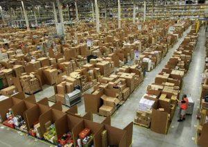 логістичний центр Amazon